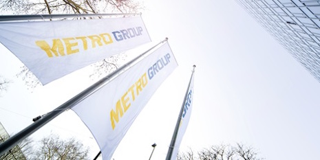metro-group-flags